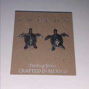 Jewelry - Sterling silver turtle earrings